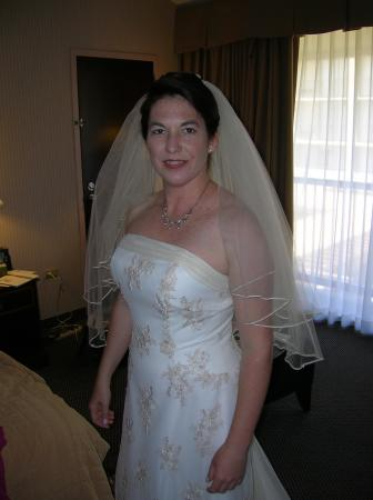 Ellen wedding dress